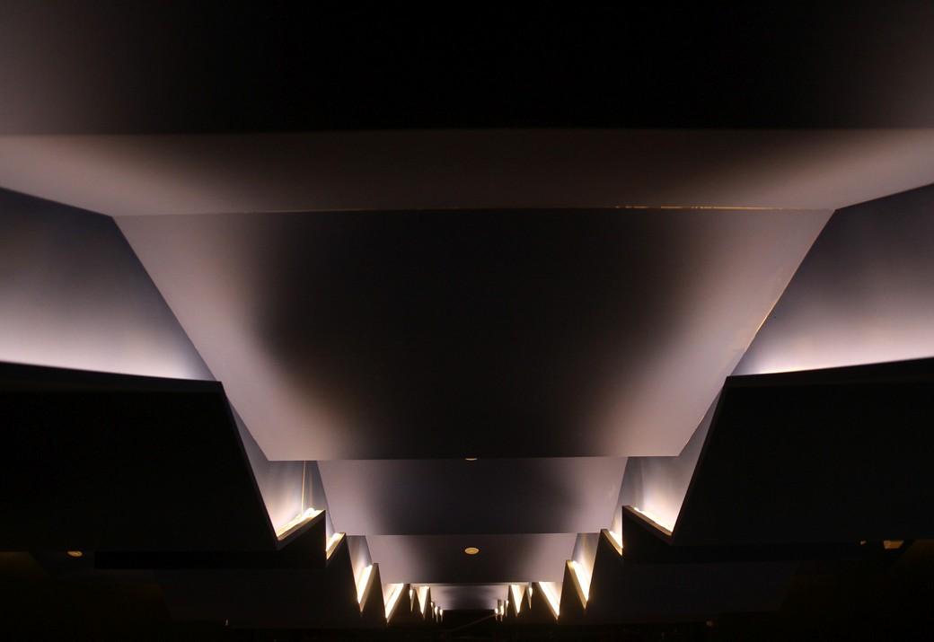 multimedijalna dvorana pleternica lumenart